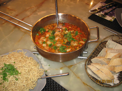 Spicy seafood with noodles