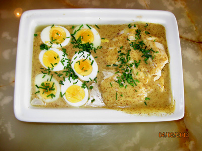 'Dirty' eggs in mustard sauce with picked cod