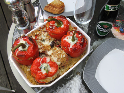 Stuffed peppers with tuna and bulgur